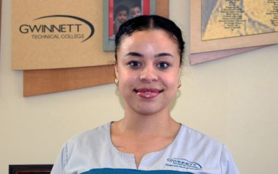 Congratulations to Nana Grant recipient Amber Aur, a Health Sciences Student at Gwinnett Technical College.